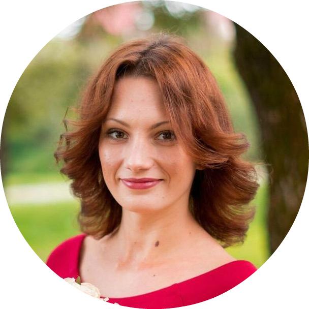 Екатерина Шерстнева, специалист службы поддержки
